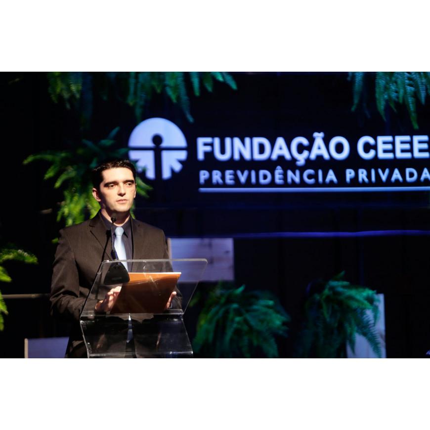 Em Porto Alegre, 20ª Seminário Econômico da Fundação CEEE discutiu política, economia e investimentos